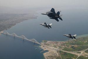 Vì sao Mỹ muốn tăng cường hiện diện quân sự tại Hy Lạp?