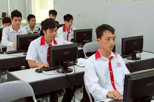 Đào tạo nguồn nhân lực đủ sức làm chủ công nghệ