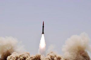 Mỹ 'toát mồ hôi' trước đối thủ mới trong cuộc đua vũ khí hạt nhân