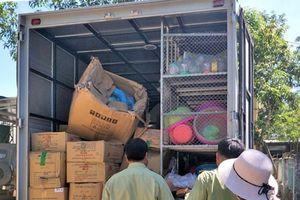 Hà Tĩnh: Bắt 2 ô tô vận chuyển hàng hóa không có hóa đơn, chứng từ