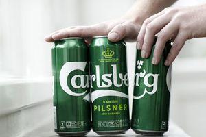 Carlsberg thay túi bọc nhựa bằng keo nhằm giảm hơn 1.200 tấn chất thải nhựa mỗi năm