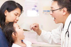 Dấu hiệu bệnh suy tuyến giáp ở trẻ mà bố mẹ cần biết
