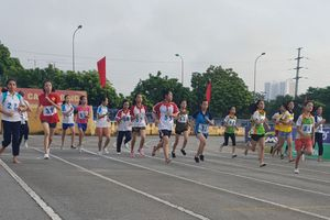 Chung kết Giải chạy Báo Hànôịmới mở rộng lần thứ 45 tại Thanh Trì, Phú Xuyên