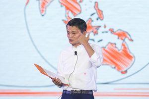 Jack Ma tuyên bố rời Alibaba ở tuổi 53