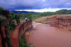 Hàng loạt hồ thủy lợi Tây Nguyên xuống cấp: Dân phập phồng sống cạnh 'bom nước'