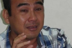 MC Quyền Linh rơi nước mắt trên sóng truyền hình