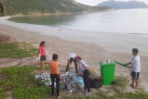 Hơn 70 tấn rác uy hiếp nguồn nước ngầm ở Côn Đảo