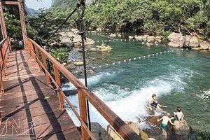 Huyện Bố Trạch (Quảng Bình): Phát triển dịch vụ du lịch là hướng đột phá chiến lược trong phát triển KT - XH
