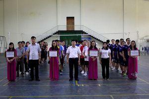 TAND tỉnh Kon Tum tổ chức giải bóng chuyền nam kỷ niệm ngày truyền thống TAND