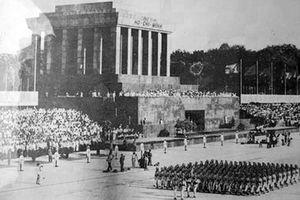 Duyệt binh, diễu binh ở kinh đô và Thủ đô