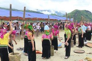 Hương cốm thơm lừng lễ hội 'Mừng cơm mới'