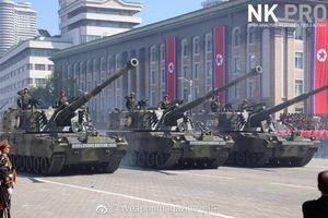 Dàn vũ khí hạng nặng xuất hiện trong cuộc duyệt binh của Quân đội Triều Tiên