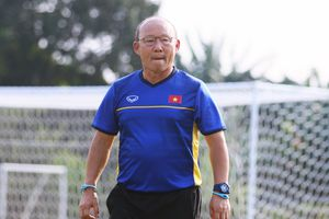 HLV Park Hang-seo đối đầu huyền thoại bóng đá Slovenia ở Asian Cup