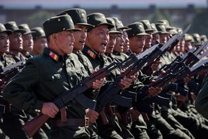 Triều Tiên diễu binh mừng 70 năm Quốc khánh