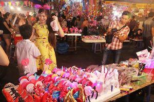 Thị trường đồ chơi Trung thu: Cảnh giác với những món đồ độc hại