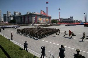 Quốc khánh khác lạ tại Triều Tiên