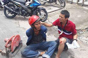 'Hiệp sĩ' Sài Gòn bị đâm trọng thương đã trở lại bắt cướp