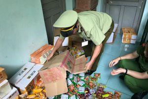 Phát hiện cơ sở bán bánh trung thu không rõ nguồn gốc tại Hà Nội