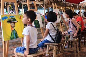 Trao giải cuộc thi vẽ tranh thiếu nhi tại Văn Miếu - Quốc Tử Giám