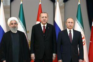 Không thỏa thuận được với Nga, Thổ Nhĩ Kỳ điều quân đội tràn vào Syria
