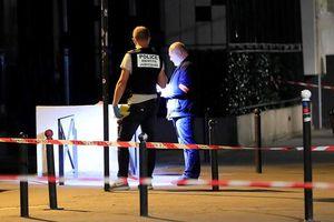 Tấn công bằng dao ở thủ đô Paris làm 7 người bị thương