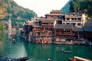 10 cổ trấn Trung Quốc đẹp như phim phải đi thu này
