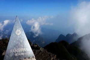Chinh phục Fansipan: Lên đỉnh trong một ngày, dễ hay khó?