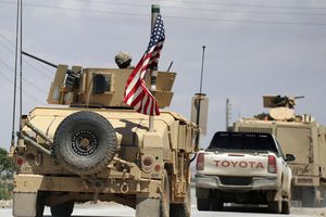 Nga, Mỹ gầm ghè, chiến trường Syria nguy cấp?