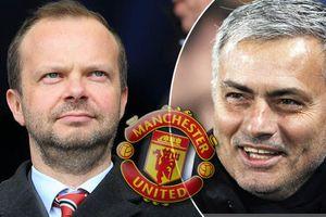 Sếp MU cam kết ủng hộ Mourinho, Chelsea bắt cóc 2 hậu vệ Italia