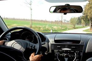 4 nguyên nhân khiến xe ô tô bị rung, lắc khi vận hành