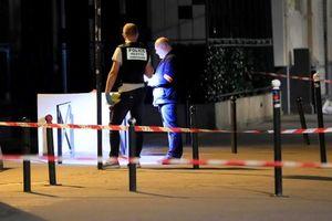 Tấn công bằng dao tại Paris, 7 người bị thương