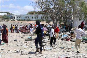 Nổ lớn ở thủ đô Mogadishu, Somalia là đánh bom liều chết