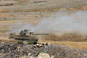 Quân đội Syria ác chiến IS tại tử địa Sweida, gắng bức hàng khủng bố