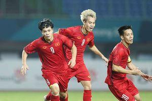 HLV Singapore: 'Bóng đá Việt Nam đã bỏ xa chúng ta 5 năm'