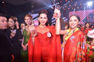 Hương Giang tiếp tục 'đánh bại' Kỳ Duyên khi học trò đăng quang Giải vàng Siêu mẫu 2018