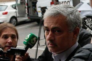 Những điều Mourinho cần làm gấp tại Man United