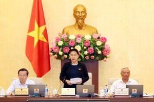 Khai mạc phiên họp thứ 27 của Ủy ban Thường vụ Quốc hội