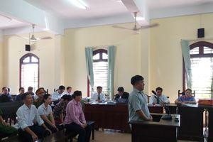 Đại gia thủy sản Tòng 'Thiên mã' tiếp tục hầu tòa