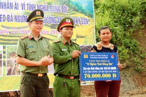 Xây dựng nhà tình nghĩa cho 2 chiến sỹ Công an huyện Kỳ Sơn