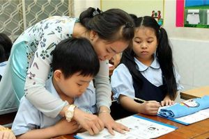 Bộ GD&ĐT quá chậm trễ trong việc ban hành chương trình giáo dục phổ thông mới?