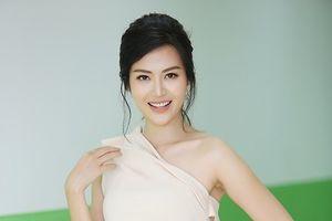 Hoa hậu Thu Thủy: 'Tôi chưa sẵn sàng giới thiệu bạn trai với các con'