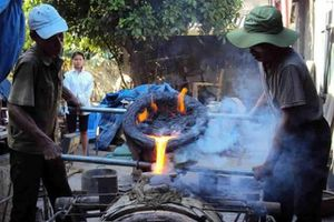 Nghề đúc đồng cổ truyền làng Chè trở thành Di sản văn hóa phi vật thể quốc gia
