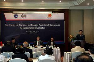 Hội thảo 'Kinh nghiệm quốc tế về đầu tư phát triển kết cấu hạ tầng giao thông đường bộ bằng hình thức PPP'
