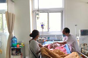 Cứu sống bệnh nhân xuất huyết tiêu hóa, suy hô hấp nặng