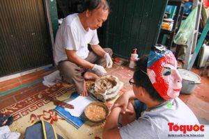 Khám phá nơi giữ 'bí kíp' làm mặt nạ giấy bồi còn lại duy nhất ở phố cổ Hà Nội