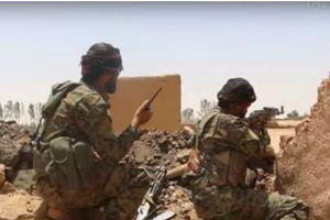 Mỹ hậu thuẫn SDF tấn công, quân khủng bố IS tại tỉnh Deir Ezzor chặn đứng