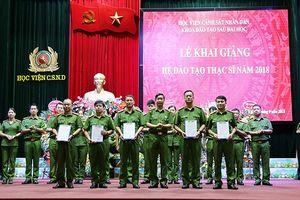 214 học viên tham gia hệ đào tạo Thạc sỹ năm 2018 của Học viện Cảnh sát nhân dân