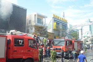 Bàn giao 2 công nhân gò hàn trong vụ cháy quán bar Leo ở Đà Nẵng