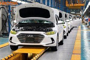 Doanh số ôtô nhập khẩu 'vượt mặt' lắp ráp tại VN