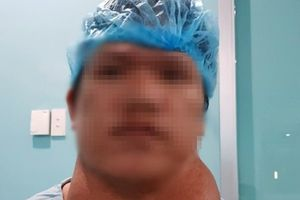 Chàng thanh niên sống chung với khối bướu 2kg suốt 25 năm
